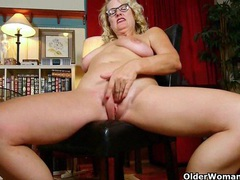 Mature milfs dalbin and denise get distracted when cleaning the house movies at find-best-panties.com