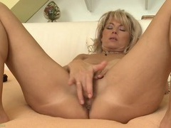 Naked milf janet darling masturbates in bed videos