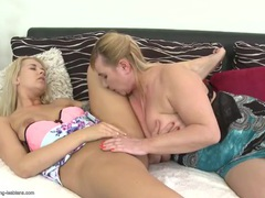 Young lesbian tongue worships an old pussy videos