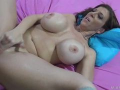 Sara jay gives a titjob and gets fucked tubes