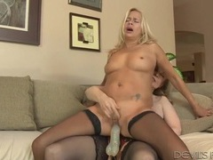 Sexy nina hartley strapon fucks a mature slut videos