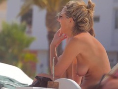 Nice tits on so many wonderful beach girls videos