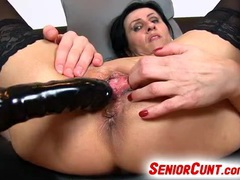Mature slut squirts after dildo fucking movies at find-best-ass.com
