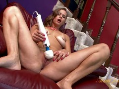 Amazing orgasm for a milf with a vibrating toy videos