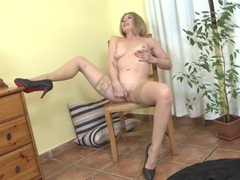 Finger fucking granny has a rather lovely body movies at freekilosex.com