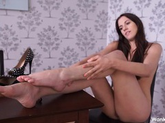 Leggy british girl wants you to stroke your cock movies at lingerie-mania.com