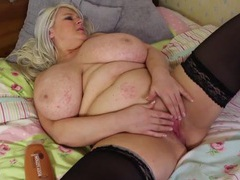 Bbw in shiny black stockings masturbates solo tubes