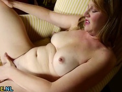 Curvy milf gets naked to play with her cunt movies at lingerie-mania.com