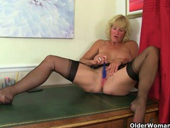 Scottish milf toni lace strips off and fucks herself videos