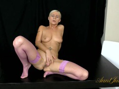 Sexy purple fishnets on this hot masturbating blonde girl videos