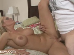 Milf knows how to suck dick and make a man hard movies at sgirls.net