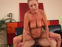 Chubby blonde mature babe taken in the cunt clip
