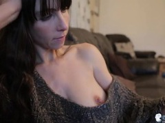 Soft sweater on a babe flashing her sexy tits videos