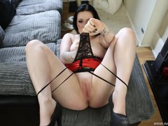 Virtual fuck with a curvaceous british girl movies at adspics.com