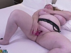 Solo bbw slut in lingerie has hot dildo sex videos