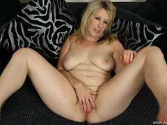 Curvaceous girl fondling tits and fingering her cunt movies at kilogirls.com