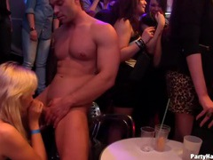 Fit strippers blown by hot party sluts movies at kilopics.net