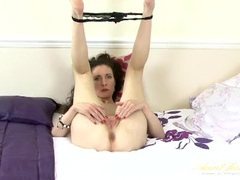 Skinny mature seductress fingers her pussy movies at lingerie-mania.com