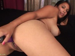 Mommy and her purple toy fucking erotically videos