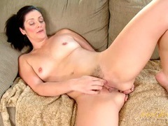 Curvy milf beauty fingering her ass erotically movies at freekiloclips.com