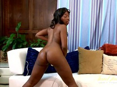 Sexy solo black milf makes her pussy happy with a toy videos