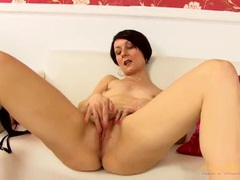 Mature cunt is perfect as the babe spreads and masturbates videos