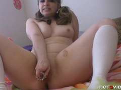 Thick milf gets dirty movies at kilosex.com
