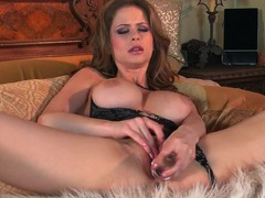 Big dildo pushing inside sexy emily addison videos