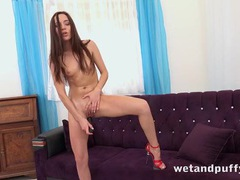 Skinny babe and her big black dildo fucking videos