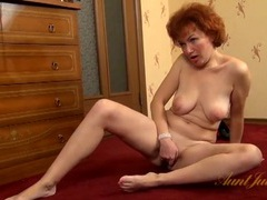 Shaved mature cunt looks wicked tight and sexy movies at kilopics.net