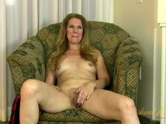 Naked mature chick gives a lusty interview videos