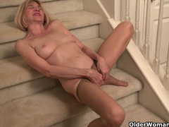 Skinny grandma bossy rider gets her juices flowing movies at lingerie-mania.com