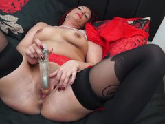 Mom in sexy stockings toy fucking her snatch videos