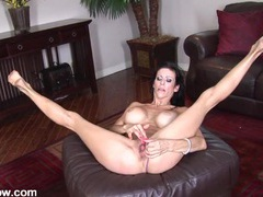 Mom spreads wide and toys her twat videos