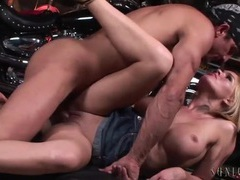 Biker fucks krissy lynn in her wet pussy movies