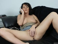 Naughty babe on the phone and masturbating videos