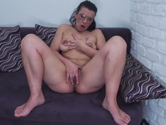 Hairy mature nerd pleasures her pussy videos