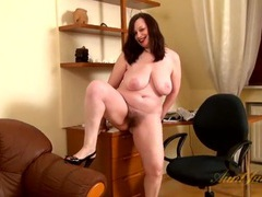 Fat ass mommy gives her hairy pussy pleasure videos