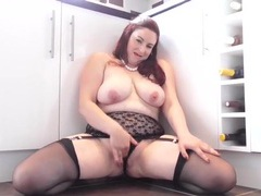 Thick and sexy mature redhead fingers that hot pussy movies at sgirls.net