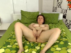 Chubby mature babe at home with her bush on display movies at kilopills.com