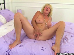 Uk gilfs georgie nylons and molly maracas looking hot videos