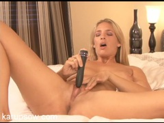 Nude milf opens her legs and gets off on her toy videos