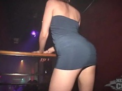 Dancing club girls flash their cunts at a club videos