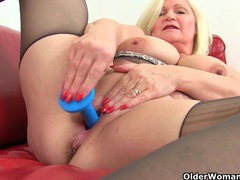 English milfs aunty trisha and lacey starr dildoing pussy videos