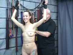 Wrapping her hot body in tight rope tubes