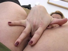 Finger blasting blonde milf gets deep into her hole movies at sgirls.net