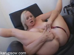 Mom gets rough fucking fingers into her cunt movies at sgirls.net