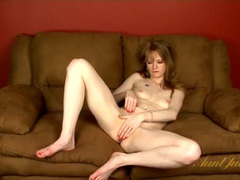 Nude mom rubs her fingers all over her clitoris tubes