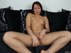 Chick gives joi as she fucks a pink dildo tubes