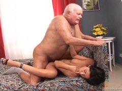 Hottie fucked by a horny grandpa videos